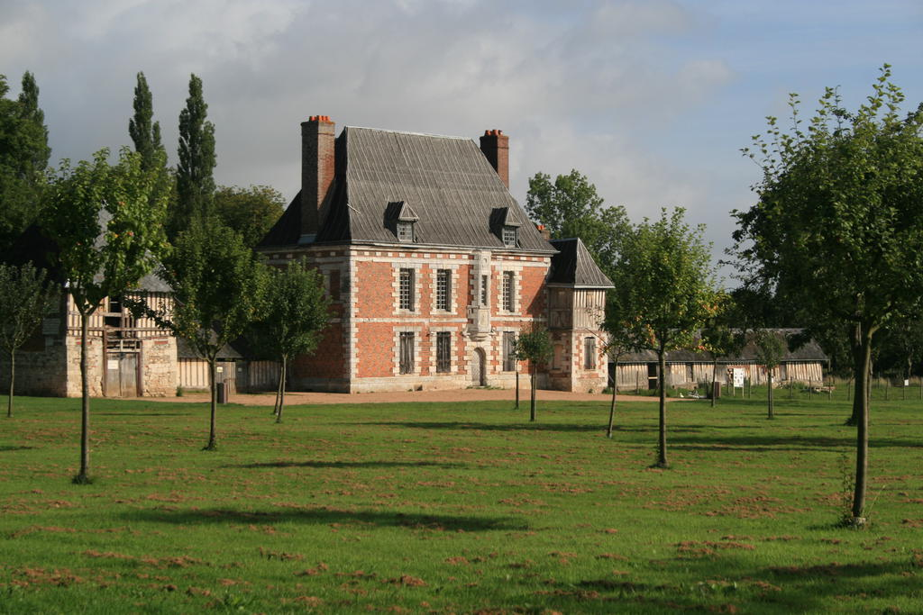 Manor of the Fay, French Heritage monument to Yvetot.