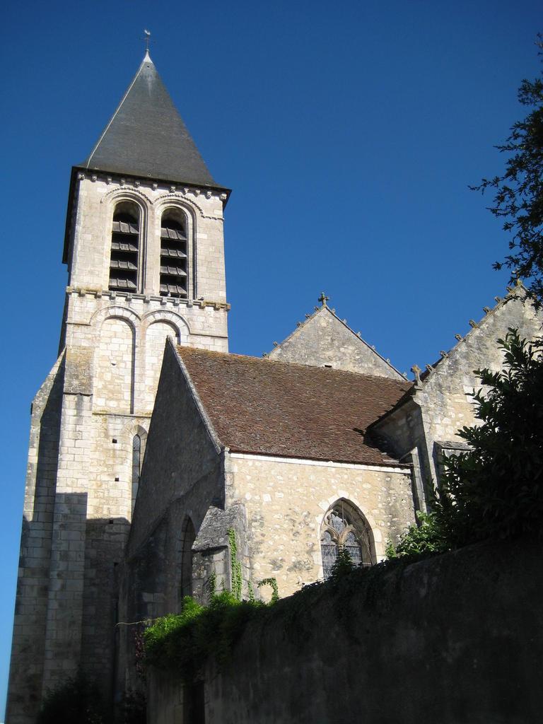 ancien prieuré de bénédictins, actuellement église paroissiale Saint-Génitour à Le blanc.