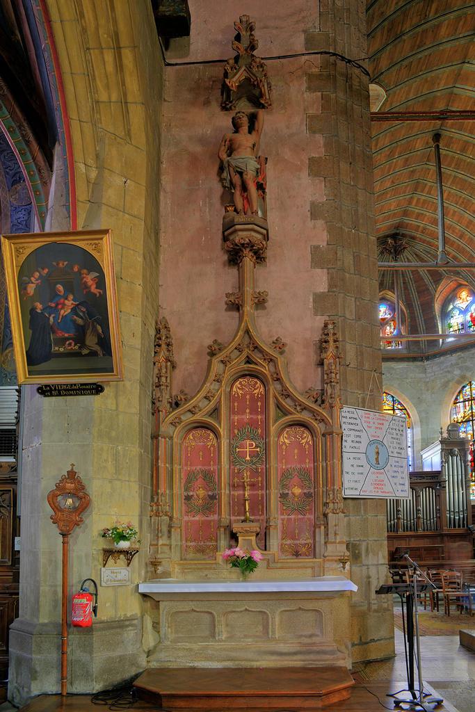 Church of Notre-Dame, French Heritage monument to La guerche de bretagne.