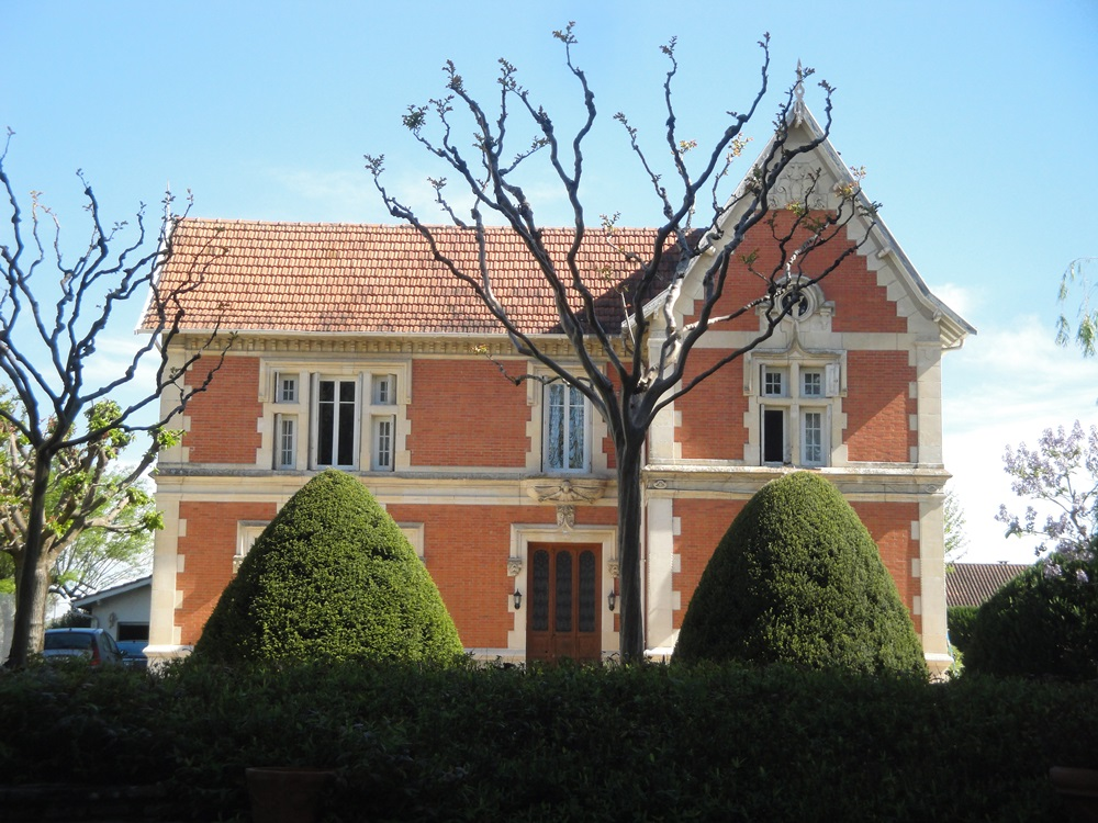 Maison dite villa par patchie