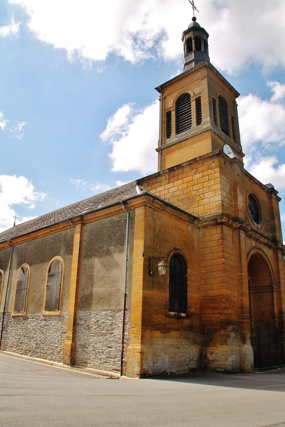 Eglise Sainte-Anne à Joigny sur meuse.