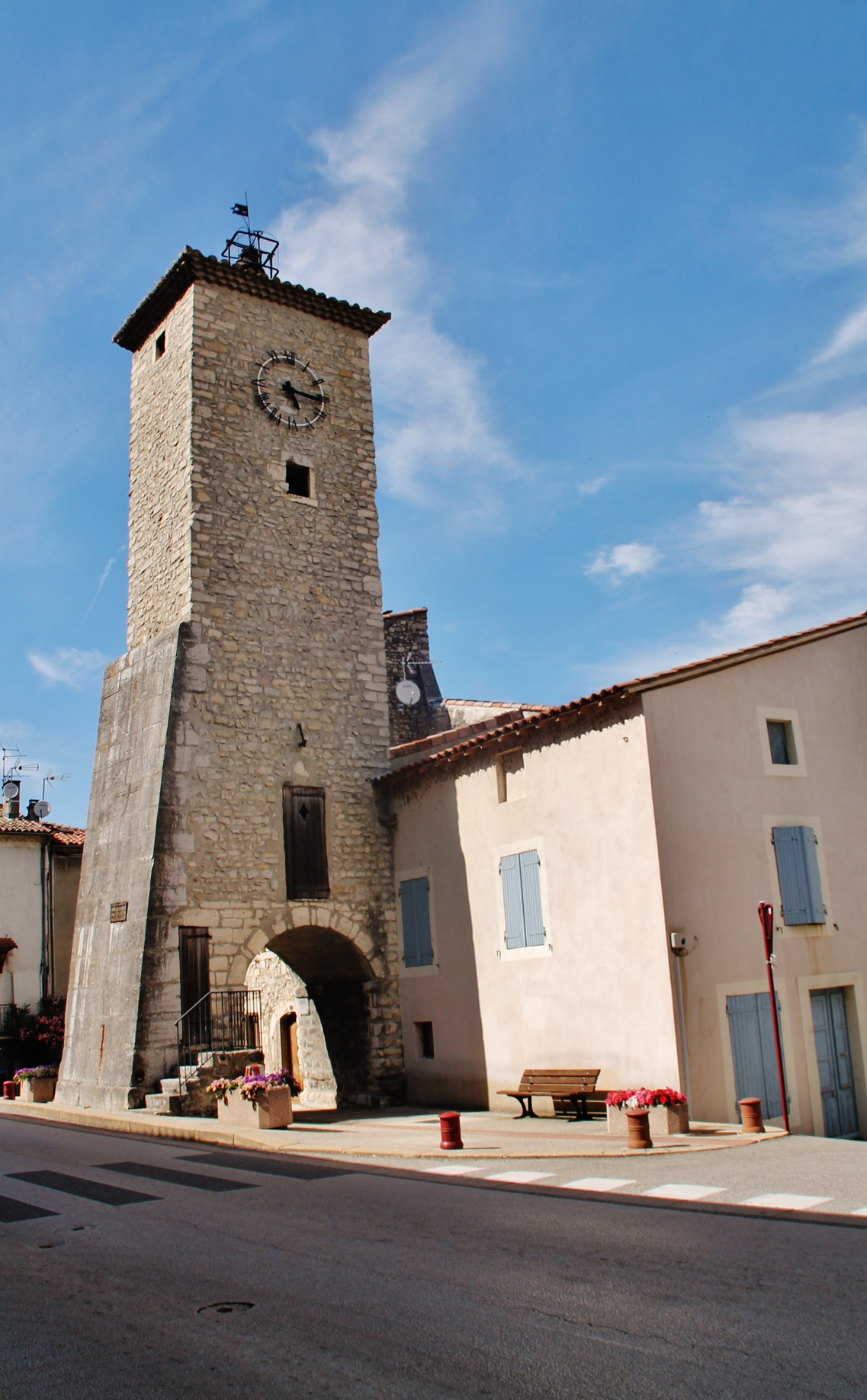 The clock tower, French Heritage monument to Baix.