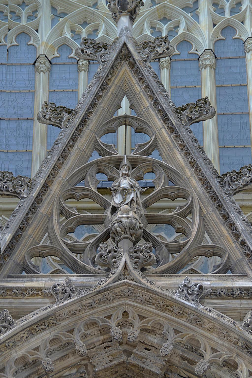 Cathédrale Saint-Gatien par geardgg