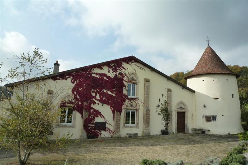 château fort dit château de Murauvaux à Bonzee.