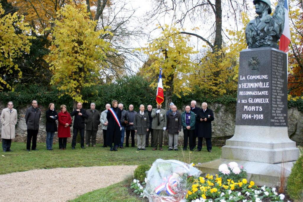 monument aux morts de la guerre 1914-1918 par Journaliste