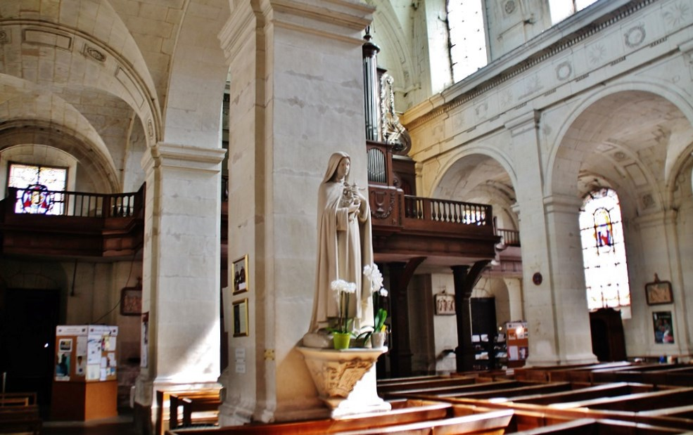 Parish Church of Notre-Dame, French Heritage monument to Richelieu.