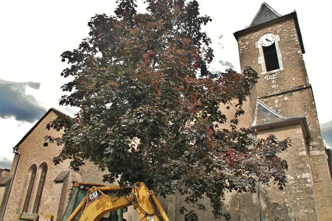 Ancienne église Saint-Flour à Le pompidou.