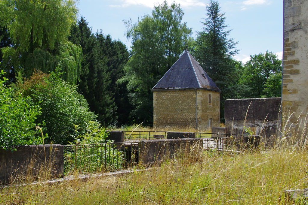 Chapelle Saint-Nicolas de la Famille de Reumont à Montmedy.