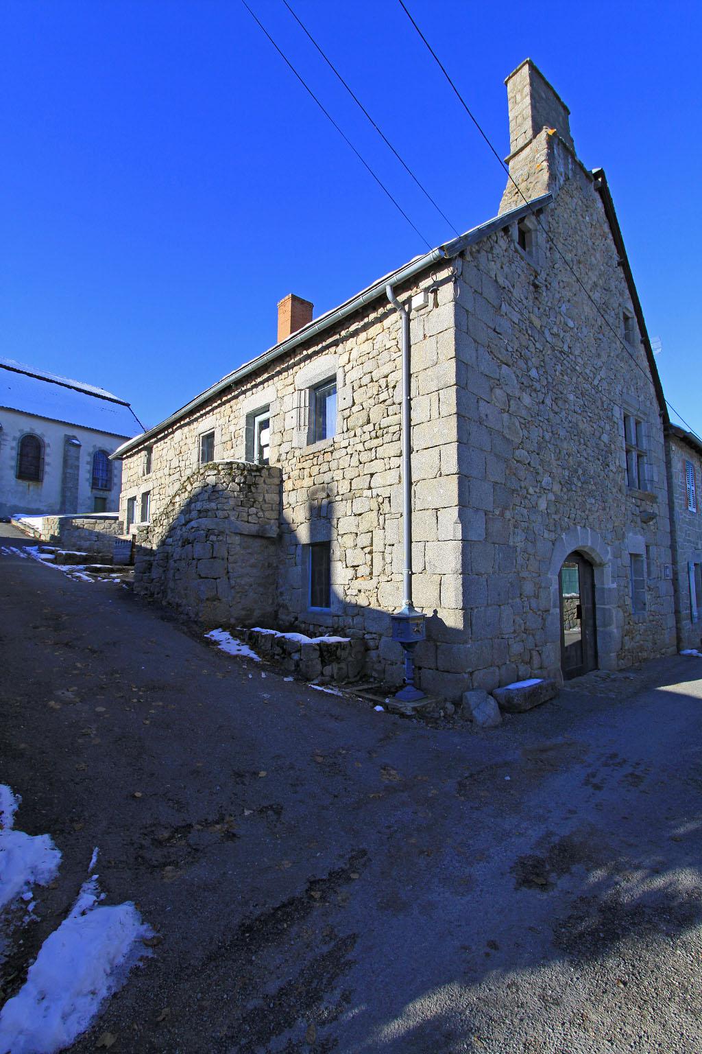 Maison 1ère maison à Crocq.
