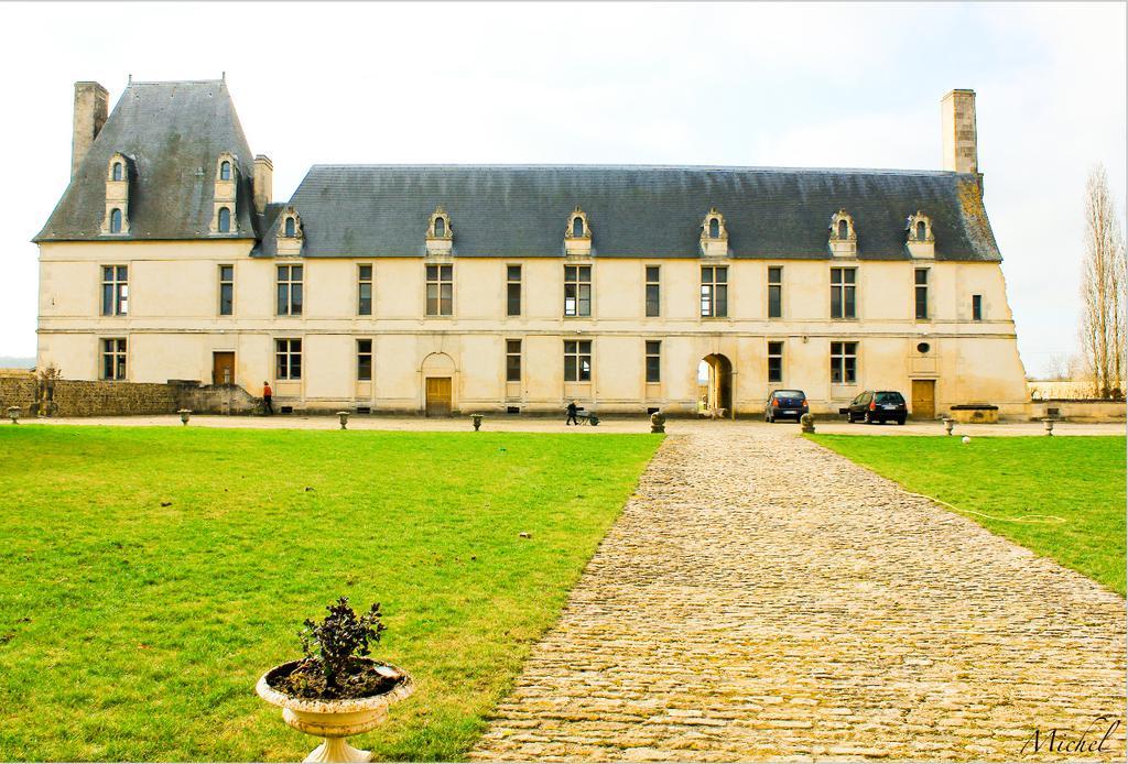 Château de Fresnay à Fresney le puceux.