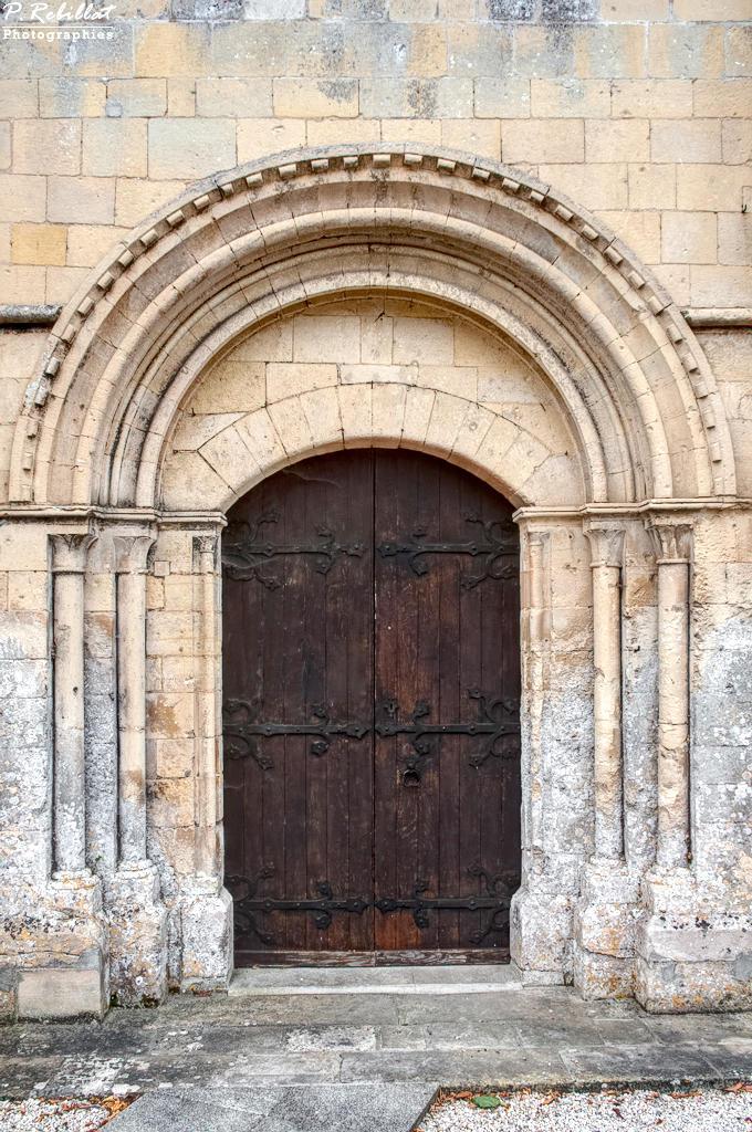 Eglise à Putot en bessin.