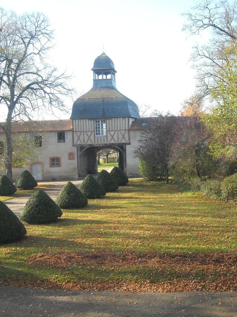 Château de Périgères à Mons.