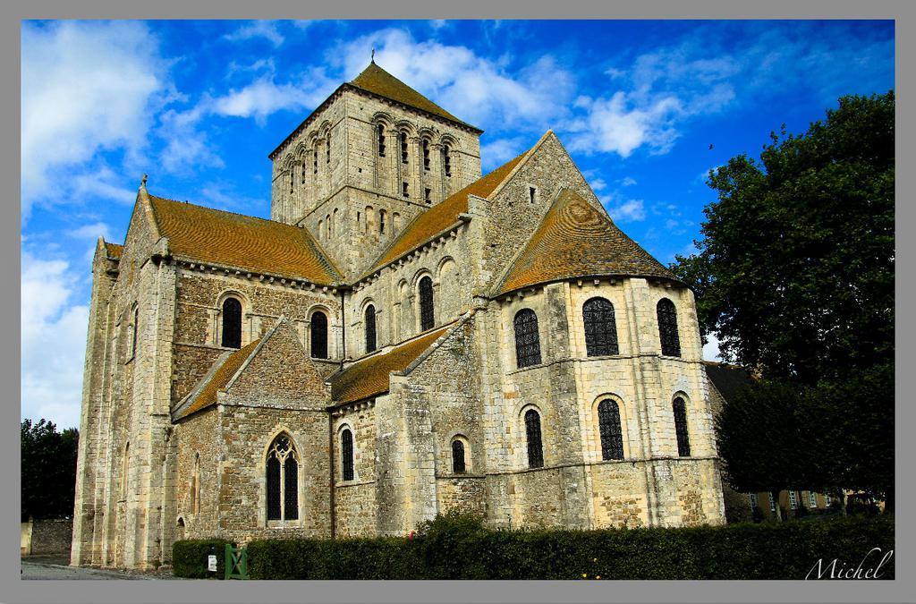 Ancienne abbaye à Lessay.