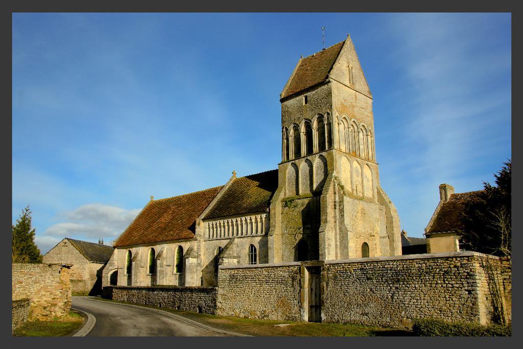 Eglise à Noron l abbaye.