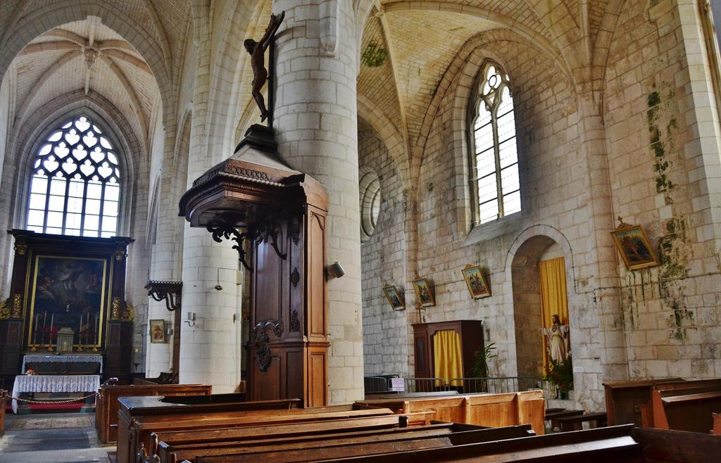 Priory of Saint-Martin, French Heritage monument to Esnandes.