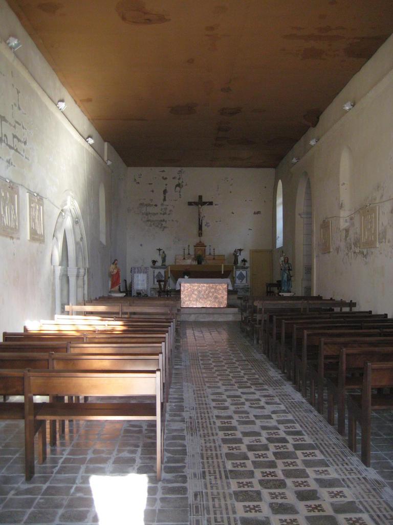 St. Peter Parish Church, French Heritage monument to Vibrac.