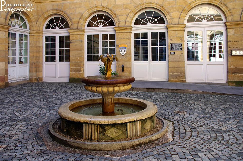 Hôtel de Ville à Moulins.