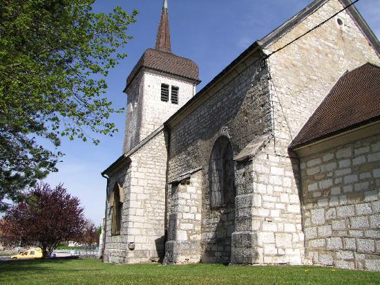 église paroissiale Saint-Pierre et Saint-Paul à Dompierre les tilleuls.
