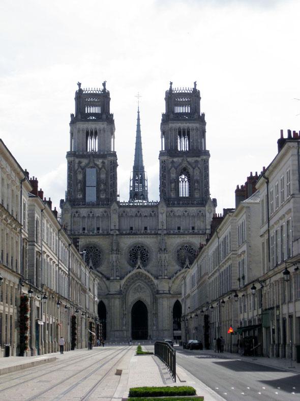 Cathédrale Sainte-Croix à Orleans.