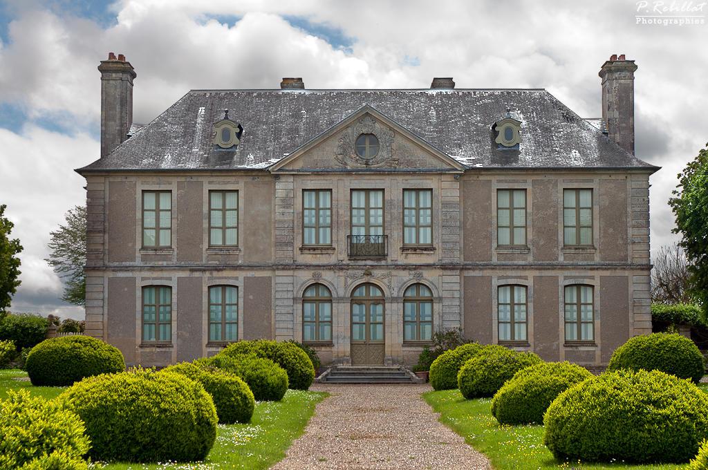 Château  de Saint-Pierre-du-Jonquet à St pierre du jonquet.