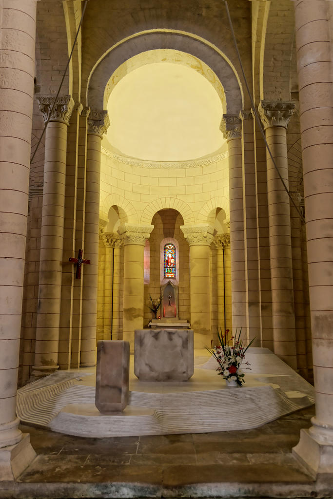Saint-Hilaire Church, French Heritage monument to Melle.