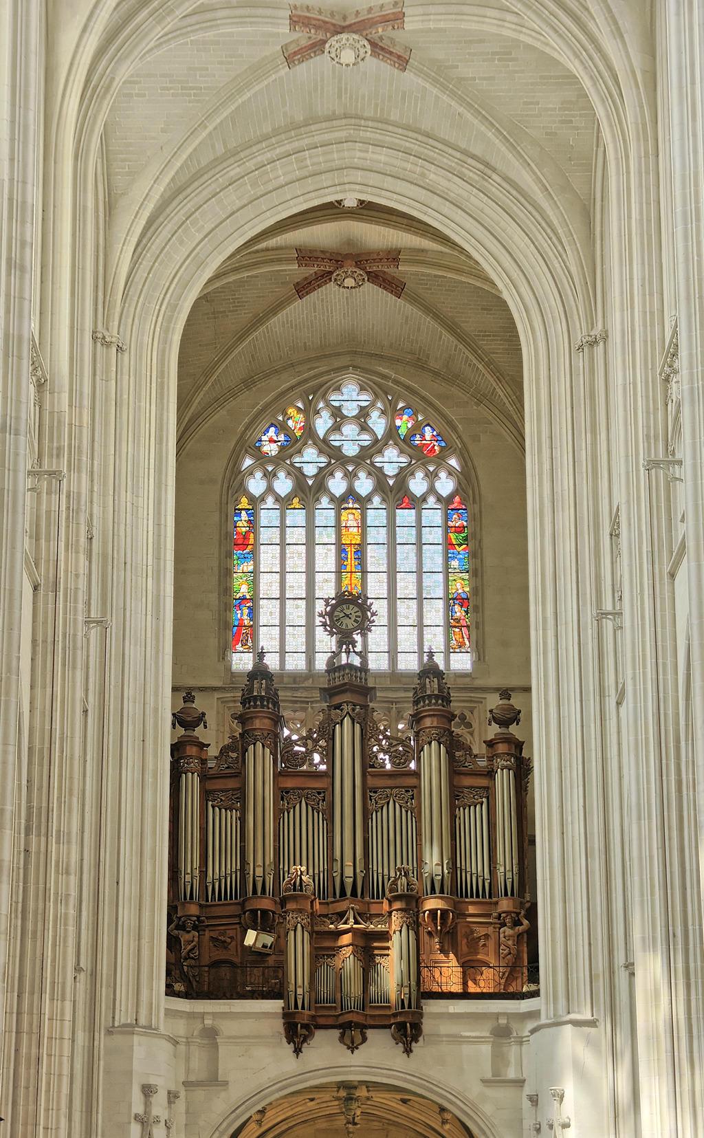 Cathedral Saint-Pierre Saint-Paul to Nantes.