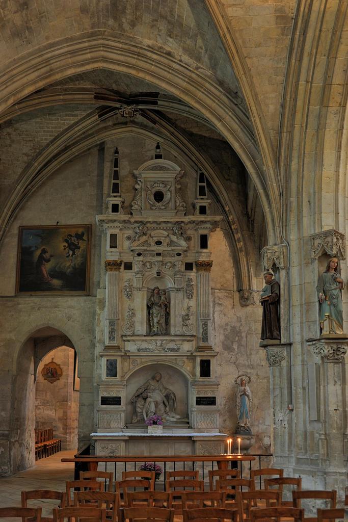 Eglise Notre-Dame-des-Marais à La ferte bernard.