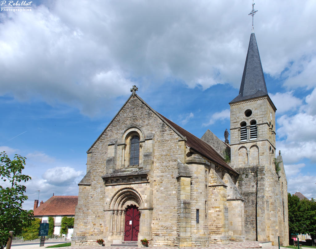 Church Saint-Loup, French Heritage monument to St hilaire.