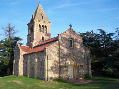 chambre, Bourgogne, Saône-et-Loire, églises romanes, La Clayette