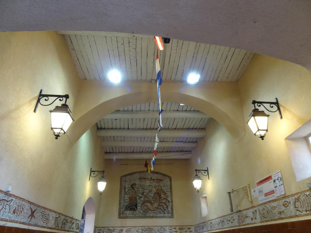 Ouvrage d'Entrée Porte de la Poissonnerie à St tropez.