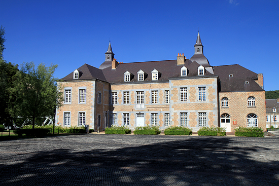 Castle of the counts of Bryas, French Heritage monument to Fumay.