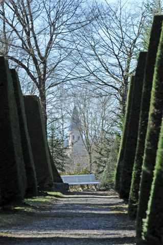 Park of the Teyssonniere, French Heritage monument to Buellas.