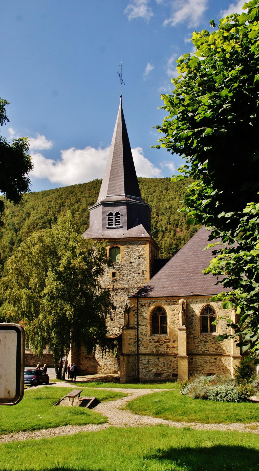 Saint-Léger Church to Montherme.