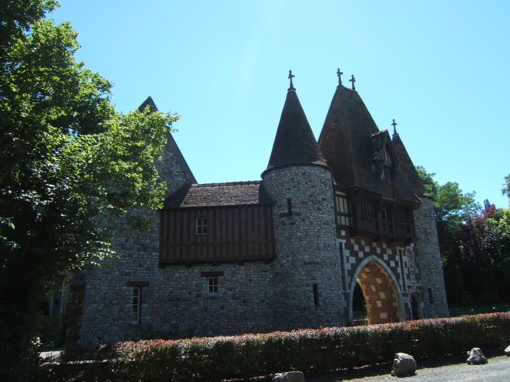 Favori Demeure dite Manoir de la Pommeraye à Fatouville grestain (Eure) RK93
