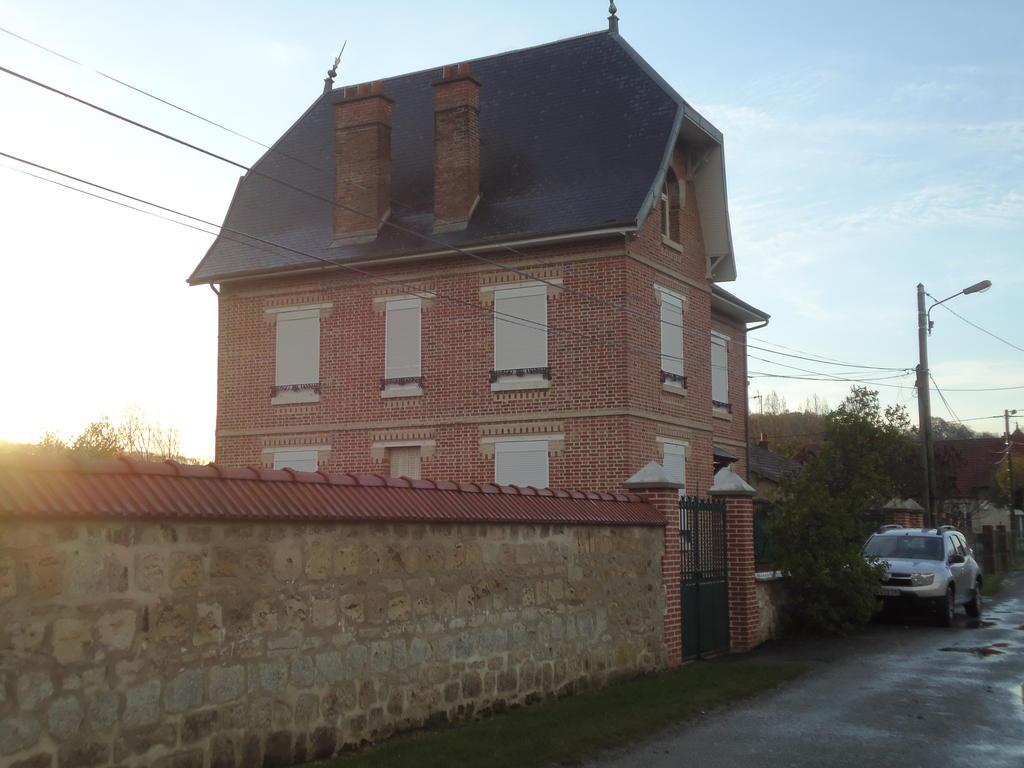 Maison 6 rue de la Glaux à Ostel.