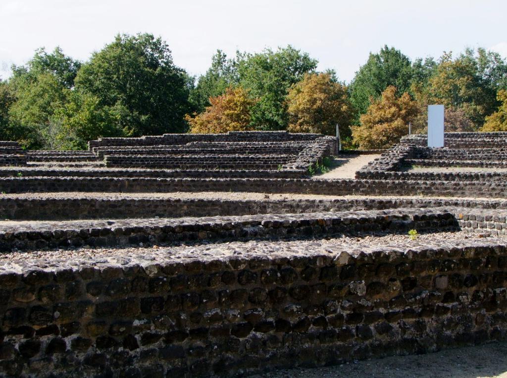 Théâtre gallo-romain de Cherré à Aubigne racan.