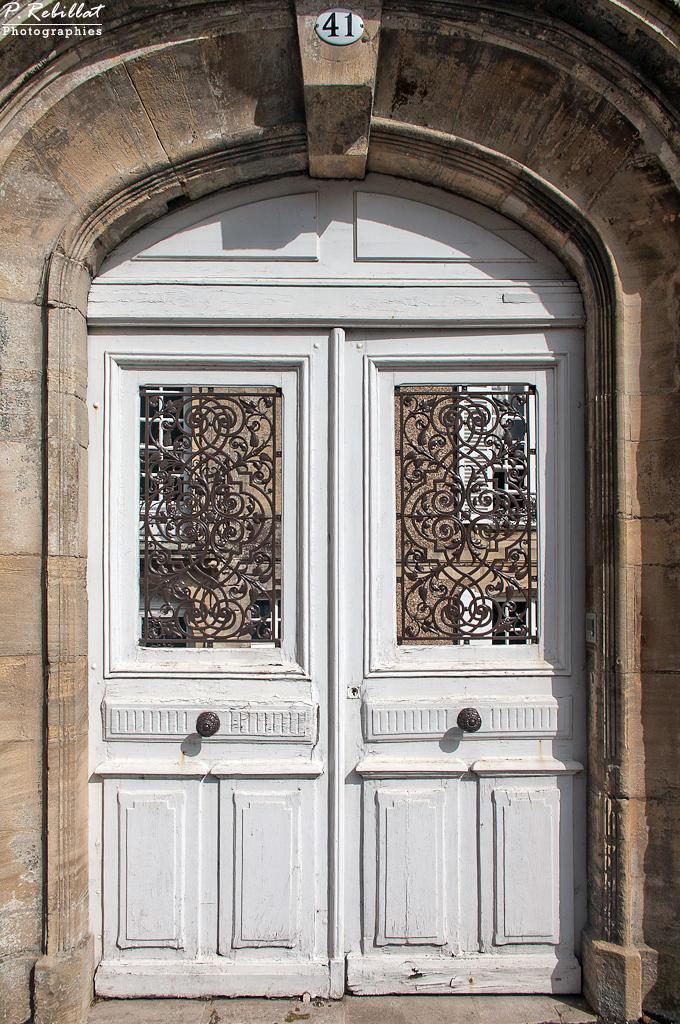 Maison Louis XV, dite maison de la Du Barry, à l'Est de la cathédrale à Bayeux.