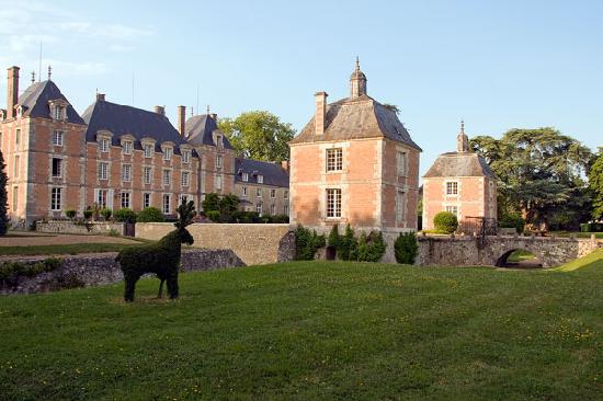 Chteau du plessis fortia ou du plessis saint amand huisseau en beauce loir - Brocante chateau du loir ...
