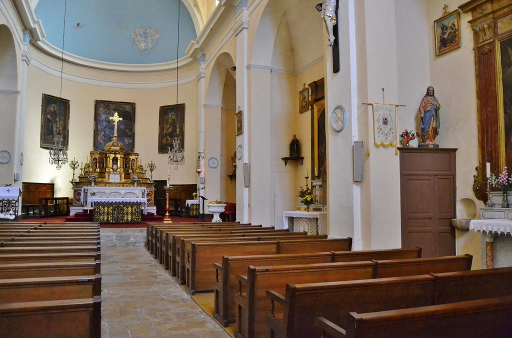 Eglise paroissiale Saint-Cézaire à Berre l etang.