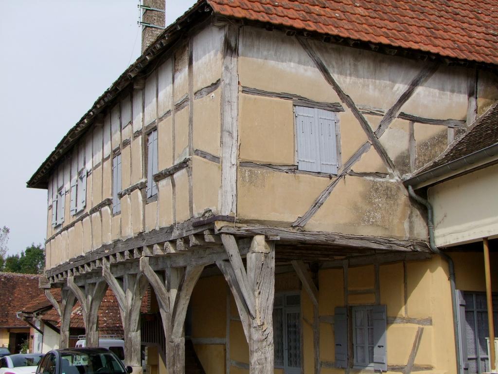 Maison à pans de bois à Mervans.