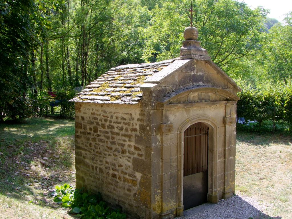 Oratory, French Heritage monument to Baume les messieurs.