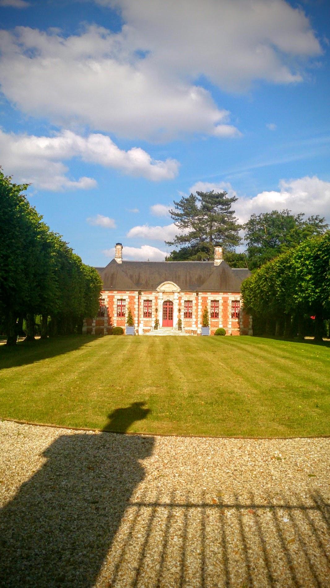 Château dit manoir Saint-Calais à Louversey.