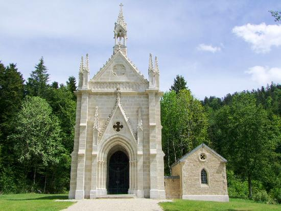 Chapelle Notre-Dame-du-Lac, French Heritage monument to Bouverans.