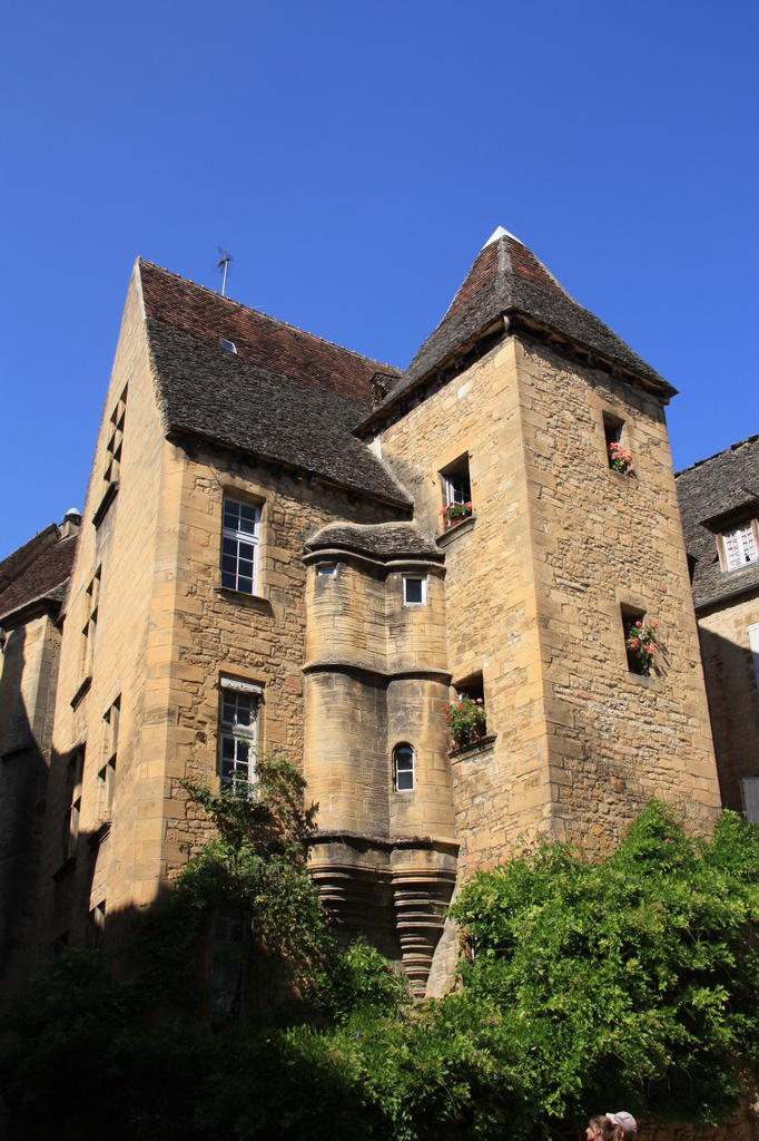 Building, French Heritage monument to Sarlat la caneda.