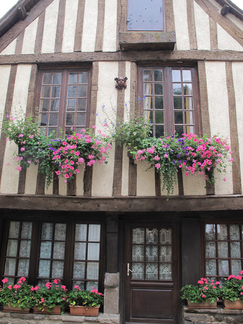 House, French Heritage monument to Dinan.