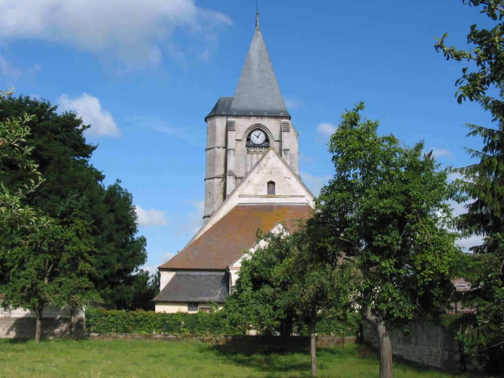 Eglise Saint-Apré à Warlus.