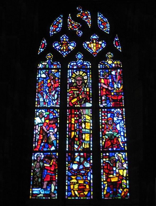 Eglise à Villedieu les poeles.