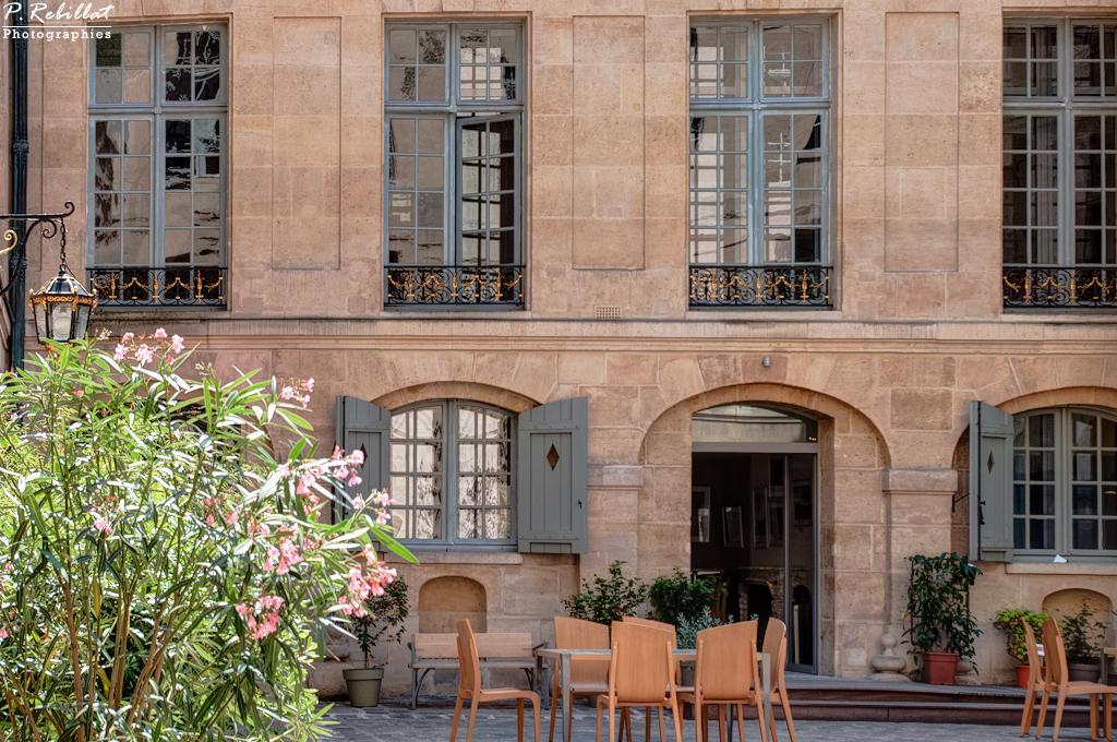 Hôtel de Lauzun or Hôtel de Pimodan, French Heritage monument to Paris 4eme arrondissement.