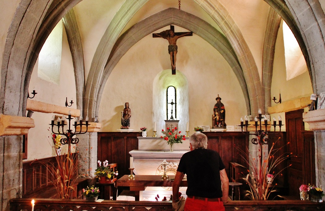 Chapelle Saint-Roch-de-Montbonnet à Bains.