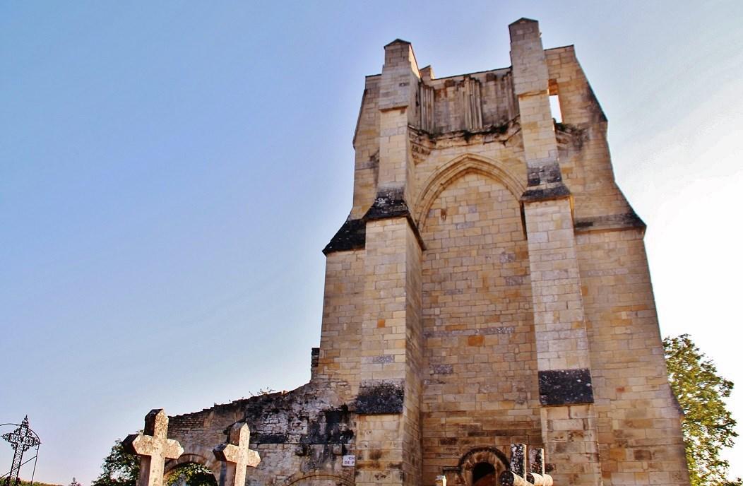 Church Notre-Dame du Pré to Donzy.